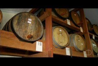 Conheça o processo de fabricação da cachaça artesanal na Região Serrana do Rio de Janeiro - Bebida completou 500 anos na terça-feira (13).