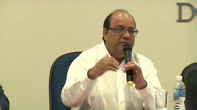 Paraná TV acompanha a agenda do candidato a prefeito Luciano Odebrecht, do PMN - Ele participou de um debate e apresentou propostas para o orçamento do Município.