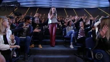 """Wanessa Camargo canta """"Coração Embriagado"""" - Cantora agita a plateia do Programa do Jô"""