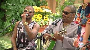 Arlindo Cruz e o filho Arlindo Neto falam da parceria na música - Eles cantam na roda de samba do 'É de Casa'