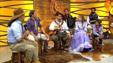 Érlon Péricles apresenta o projeto musical 'Aventuras da Terra Gaúcha' (bloco 4) - Assista o vídeo.