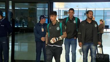 Coritiba esquece derrota em Porto Alegre e mira série de jogos em Curitiba - Contando Brasileirão e Copa Sul-Americana, serão quatro jogos seguidos sem o inevitável desgaste das viagens