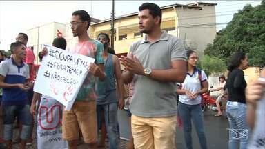 Alunos do Ifma desocupam o Campus de Codó (MA) - Depois de três dias, os alunos do Instituto Federal do Maranhão (Ifma), resolveram desocupar, pacificamente, o Campus de Codó.