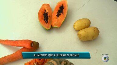 Alguns alimentos ajudam na potencialização do bronzeamento - Alguns deles ajudam a ativar a melanina e deixar a pele dourada
