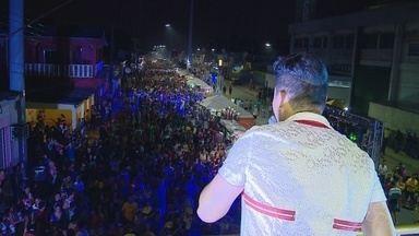 1ª noite do Boi Manaus 2016 anima público na Zona Leste da capital - Evento teve shows de Leonardo Castelo, P.A. Chaves e Márcia Siqueira.