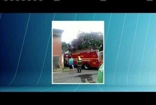 Incêndio é registrado na prefeitura de Coronel Fabriciano neste sábado (22) - Chamas começaram no almoxarifado.