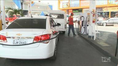 Diminuição dos preços do combustível já pode ser notada nos postos de São Luís - Talvez muitos ainda não tenham percebido mas, o preço da gasolina baixou e, dependendo do posto, a queda foi positiva.