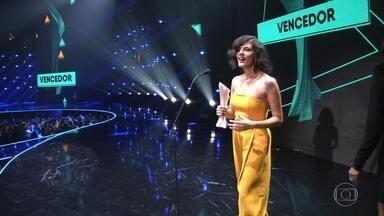 Cantora Céu leva quatro categorias no Prêmio Multishow - Nesta terça-feira (25) teve Prêmio Multishow, que escolheu os melhores do ano na música. A cantora Céu levou quatro das 19 categorias.