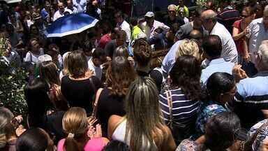 SSP investiga se morte de empresário de Aracaju foi latrocínio ou execução - A Secretaria de Estado da Segurança Pública (SSP) informou na manhã desta quarta-feira (26) que estão sendo investigadas as possibilidades de execução ou latrocínio no caso da morte do empresário Igor de Faro Franco, 31 anos. Ele foi assassinado a tiros na noite de terça-feira (25), por volta das 19h, quando estava no bar de propriedade dele.