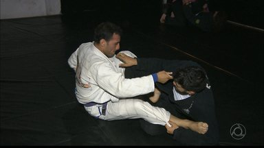 Destaque do jiu-jitsu quer mais apoio para o esporte - Rômulo Negreiros foi bronze no Sul-Americano, mas encontra dificuldades para continuar competindo