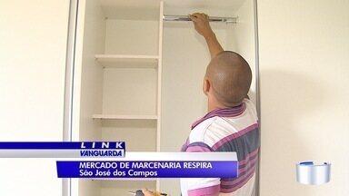 Mercado de marcenaria está aquecido em São José - Muita gente aproveita 13°para fazer móveis planejados.