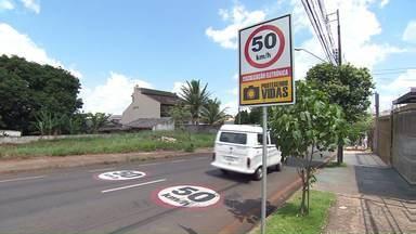 Número de acidentes e mortes no trânsito de Londrina cai em comparação com 2015 - Dados fazem parte do placar do trânsito de outubro.