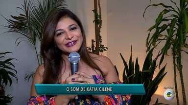 Cantora Kátia Cilene lembra sucessos do Forró das antigas (parte 1) - Kátia fez sucesso com a banda Mastruz com Leite e hoje segue na carreira solo.
