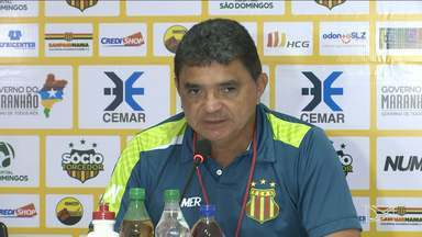 Após rebaixamento, Sampaio tenta terminar a Série B fora da lanterna - Flávio Araújo pede honra aos jogadores para os últimos três jogos da Série B