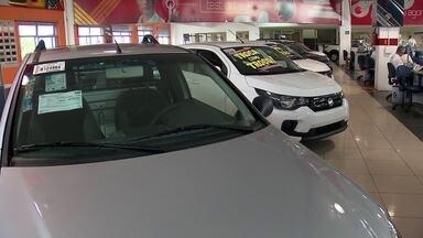 Mercado de carros novos começa a respirar aliviado no DF - Depois de tempos muitos difíceis, o setor teve um aumento tímido.