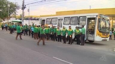 Morte de motorista gera paralisação em empresa de ônibus, em Manaus - Grupo impediu circulação de coletivos que atendem a Zona Leste.Rodoviários reivindicam mais segurança.