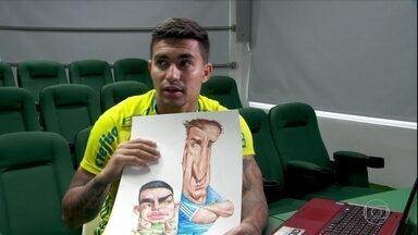 Cartunistas retratam momentos de Dudu com a camisa do Palmeiras e fazem perguntas - Cartunistas retratam momentos de Dudu com a camisa do Palmeiras e fazem perguntas