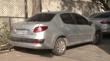 Quatro suspeitos de roubo de carros são presos - Entre os detidos está uma estudante de fisioterapia.