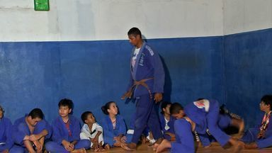 Projeto de Jiu-jitsu leva sorrisos e esperanças para crianças, em Várzea Grande - Projeto de Jiu-jitsu leva sorrisos e esperanças para crianças, em Várzea Grande