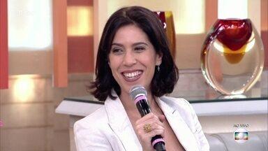 Maria Clara Gueiros está no espetáculo 'A Invenção do Amor' - Guilherme Piva e a atriz interpretam um casal pré-histórico e falam da evolução dos conflitos amorosos