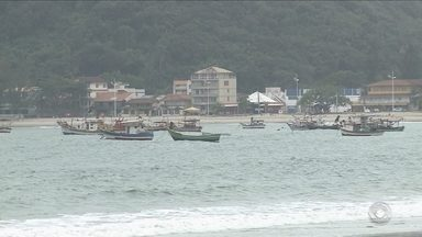 Homens que saíram para pescar no Norte de SC seguem desaparecidos desde sexta (25) - Homens que saíram para pescar no Norte de SC seguem desaparecidos desde sexta (25)