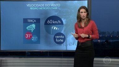 Clima do Rio deve passar por mudanças bruscas nesta terça-feira (29) - Uma frente fria deve provocar um aumento na quantidade de nuvens já de manhã. A partir da tarde, tem possibilidade de temporais com trovoadas e rajadas de vento.