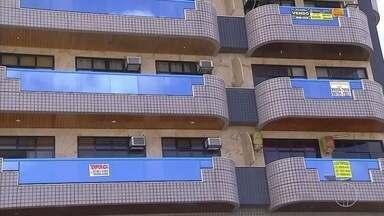 Regulamentação dos alguéis das casas de veraneio em Cabo Frio está parada há três anos - No fim de 2013, uma proposta foi elaborada para que a Prefeitura de Cabo Frio, RJ, fiscalizasse e regulamentasse casas e apartamentos alugados.