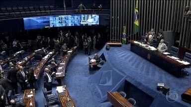 Bom Dia Brasil - Edição de quinta-feira, 01/12/2016 - Senadores rejeitam a manobra do presidente da Casa, Renan Calheiros, de votar correndo o pacote anticorrupção desfigurado na Câmara. E mais as notícias da manhã.