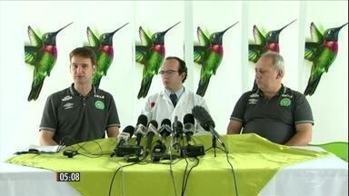 Seguem internados os brasileiros sobreviventes ao acidente com avião da LaMia - A equipe médica deu mais detalhes sobre o estado de saúde de cada um, nessa segunda-feira (5).