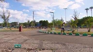 Jovem é morto após tentativa de assalto em parque de Camaragibe - O jovem estaria de fone de ouvido e não teria ouvido a investida