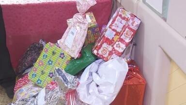 Em Ariquemes, mais de 200 cartas não foram adotadas no projeto Papai Noel dos Correios - Para adotar é preciso ir até uma agência.