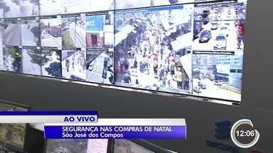 Segurança será reforçada no centro de São José nesse período de compras de Natal - Câmeras do COI vão ajudar no trabalho.