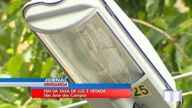 Prefeito de São José veta lei aprovada pela Câmara para acabar com taxa de luz - Taxa começou a ser cobrada em São José em maio do ano passado.