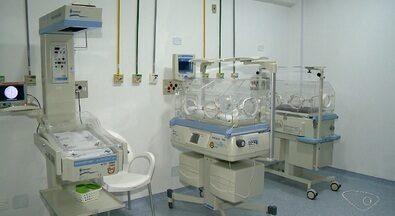 Falta de informação sobre transferência da UTIN do 'Dório Silva' deixa pais apreensivos - Até o final da manhã desta quinta (8), nenhum bebê foi transferido para o Hospital Infantil de Vila Velha.