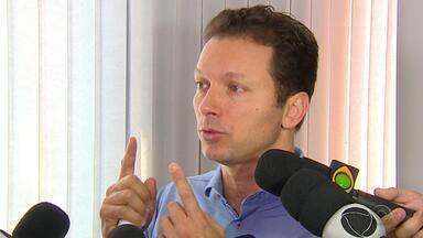 Marchezan anuncia plano de cortar 14 secretarias em Porto Alegre - Número de pastas passaria de 37 para 15, conforme proposta apresentada.