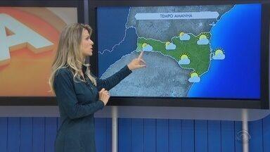 Nuvens carregadas predominam neste sábado (10) em Florianópolis; veja na previsão do tempo - Nuvens carregadas predominam neste sábado (10) em Florianópolis