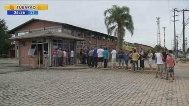 Ex-funcionários da Conscar começam a receber salários atrasados após dois anos - Ex-funcionários da Conscar começam a receber salários atrasados após dois anos