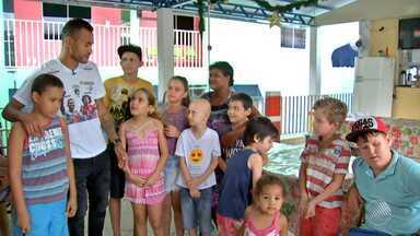 Zagueiro do Bahia organiza amistoso para ajudar crianças com câncer - O jogo acontece na Arena Pantanal, em Mato Grosso.