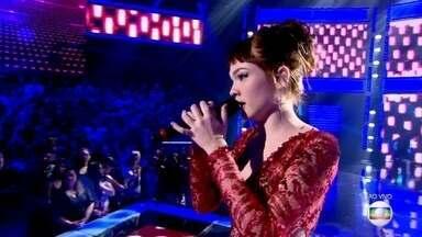 Jade Baraldo emociona com 'Love Is a Losing Game' - Confira a interpretação da jovem da canção