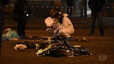 Suspeito de ataque em Berlim é morto na Itália - Foi morto nesta sexta-feira (23), na Itália, Anis Amri, o homem suspeito de ter avançado com o caminhão em um mercado na Alemanha. Anis Amri foi parado em uma blitz, reagiu, atirou em um policial e foi baleado.