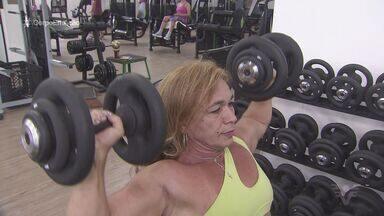 Atleta de Guarujá ganha bicampeonato mundial de powerlifting - Mirian Fernandes ganhou competição em Las Vegas, nos Estados Unidos.