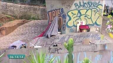 """João Dória anuncia programa para revitalizar eixos da cidade - O prefeito eleito João Dória (PSDB) anunciou ontem o projeto """"Cidade Linda"""". É um programa de zeladoria para limpar e revitalizar alguns eixos da cidade. Dória até anunciou um coordenador para esse novo programa, mas ele disse que não ia participar."""