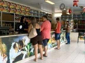 Vendas de fogos de artifício aumentam em Presidente Prudente - Movimentação foi intensa nas lojas do setor.