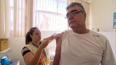 Procura por vacina contra febre amarela aumenta em BH após casos serem confirmados em MG - Catorze mortes estão sendo investigadas.