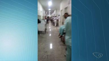Vídeo mostra corredor do São Lucas lotado de pacientes, em Vitória - Novo pronto-socorro foi inaugurado no dia 1º de janeiro de 2016.Direção disse que 40% da demanda do pronto-socorro não é emergência.