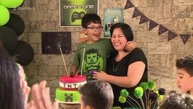 Veja como fazer uma festa de aniversário infantil sem gastar muito - Artesã ensina dicas de decoração divertida para a festa de Lucas no 'Mais Você'