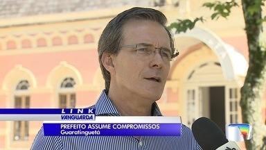Prefeito de Guaratinguetá lista promessas e prazos - Marcus Soliva assumiu prefeitura em janeiro.