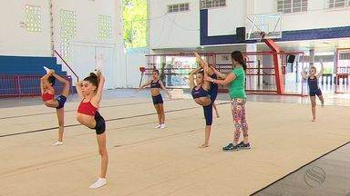 Intercâmbio: Técnica russa treina ginastas sergipanas em Aracaju - Intercâmbio: Técnica russa treina ginastas sergipanas em Aracaju