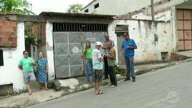 Moradores enfrentam problemas na entrega de correspondências em Volta Redonda, RJ - Cartas e encomendas deixadas em endereços errados está causando reclamações no bairro Padre Jósimo.