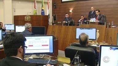 Câmara de Vereadores discute medidas para cortes de gastos na Prefeitura de Florianópolis - Câmara de Vereadores discute medidas para cortes de gastos na Prefeitura de Florianópolis